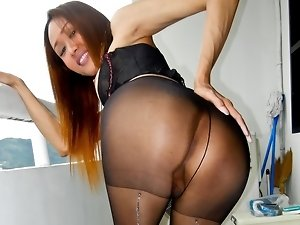 Cute ladyboy in stockings will cum for you in this scene !